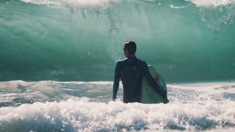 Alles über die SurfSpots an der Ostküste von Sri Lanka