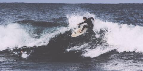 SurfSpot San Sebastian || Surfen, Unterkunft und meer