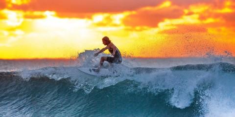 Wellenreiten in Südafrika