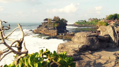 Acht coole Surfcamps auf Bali