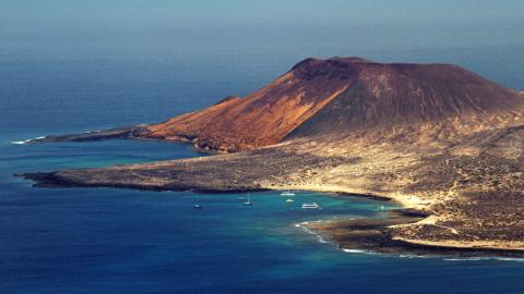 Surfen auf Lanzarote – Die nördlichste Insel der Kanaren