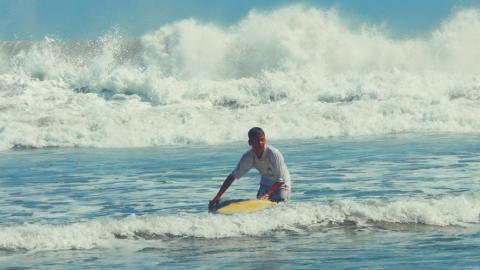 Frei sein als Surfer – Als Surflehrer um die Welt