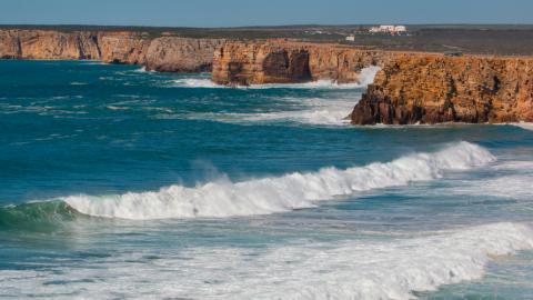 Das perfekte Reiseziel für Surfer
